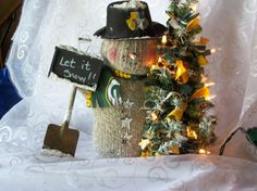 Green Bay Packers Snowman by kimberlygilbertsen on Etsy