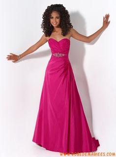Robe simple en taffetas agrémentée de plis et de cristaux robe de cocktail rose