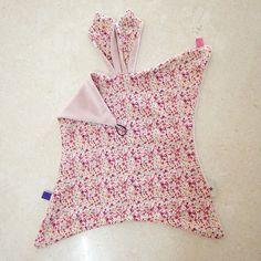 "Der er gået ""NINUS"" i den her.. ✂️ #NINUS #nusseklud #nulreklud #nussekanin #sysysy #sytilbaby #sewing #babygirl #blomster #SÅfin #HomemadebyLouiseNyby"