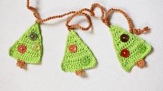 Crochet Christmas tree garland - via Etsy.
