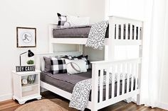 This Beddy's set is a fresh, modern look that matches perfectly in any room! Zip up bedding has never looked so good! Perfect for kids, teens and adults! Grey Girls Rooms, Girls Bedroom, Bedroom Decor, Farm Bedroom, Floral Bedroom, Zip Up Bedding, Grey Bedding, Bedding Sets, Queen Bedding