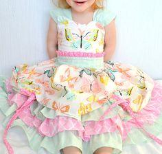 Filles papillon robe, robe de fantaisie partie de thé, Boutique Ruffle Dress, sur la robe de dessus, tournoyer, fille de fleur, robe Pageant