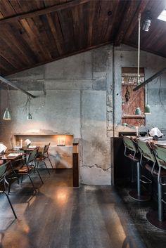 The DILL Restaurant in Reykjavik, Iceland Best Seafood Restaurant, Luxury Restaurant, Restaurant Design, Cafe Interior Design, Cafe Design, House Design, Design Interiors, Estilo Industrial Chic, Loft Cafe