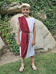DIY Roman Toga Costume | HGTV >> http://www.hgtv.com/design/make-and-celebrate/handmade/halloween-costume--roman-toga?soc=pinterest