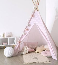 A cute tipi to decorate a bedroom corner . Bedroom Corner, Kids Bedroom, Bedroom Decor, Girl Room, Baby Room, Childrens Tent, Kids Canopy, Diy For Kids, Decoration