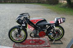 #11 https://www.facebook.com/EquipePhotographesTeamAjp?fref=ts  our race moped / notre mob de course