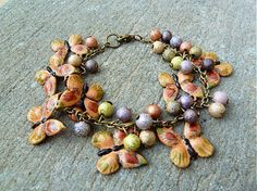 Motýľový náramok by Martinuska - SAShE. Handmade Bracelets, Beaded Bracelets, Jewelry, Jewlery, Jewerly, Pearl Bracelets, Schmuck, Jewels, Jewelery