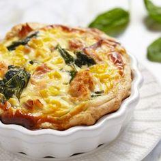 Tarta z łososiem i szpinakiem na cieście francuskim  #salmon #tart #spinach #przepis #francuskie #slowfood #omnomnom