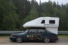 Saab 900 with Toppola