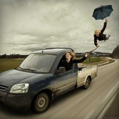 creative photography 20 Photo manipulation by Erik Johansson Photos) Artistic Photography, Creative Photography, Amazing Photography, Art Photography, Statues, Bizarre Photos, Surreal Artwork, Effects Photoshop, Photoshop Ideas