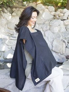 A nursing cover that would actually cover me Nursing Wear, Nursing Clothes, Newborn Necessities, Bye Bye Baby, Breastfeeding Cover, Pregnancy Outfits, Baby Wraps, Mother And Baby, Maternity Wear