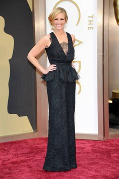 Julia Roberts in Givenchy Oscar Dresses 2014 Style - Academy Awards 2014 Red Carpet Fashion - ELLE