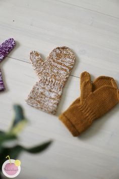 Knitting Patterns Free, Free Knitting, Mitten Gloves, Mittens, Wrist Warmers, Some Ideas, Fun Projects, Knit Crochet, Arts And Crafts
