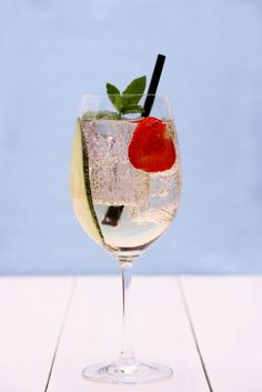 10 Cheap but Tasty Summer Cocktails