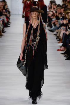 Maison Margiela Fall 2017 Ready-to-Wear - Vogue - shown on Irina Kravchenko