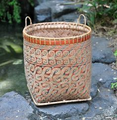 bamboo basket, natural dye, West Kalimantan