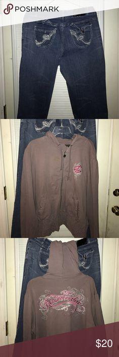 Ladies Rocawear Set! Jeans & Hooded Jacket! Rocawear Set! Hooded Jacket & Jeans! Button missing on back left pocket! Make an Offer Rocawear Jeans