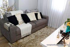 03-sofa-manta-comprando-meu-ape