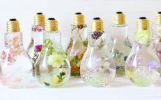 C'est magique: dans des ampoules, ces fleurs ne fanent jamais! - Déco - Flair