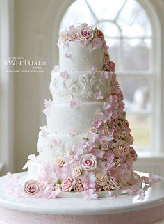 enchanting-weddings: Photo by Corina V PhotographyCake: Patricia's Cakes Absolutely stunning! See more @Carol Van De Maele Van De Maele Van De Maele Henry-wedding-ideas02