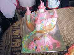 Keesarla's 8th b-day cake, she requested a dragon AND a castle by Lisa Templeton, via Flickr