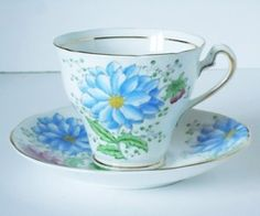 Vintage Tea Cups And Saucers - Vintage Teacup Set - Cup And Saucer - Teacup And Saucer Set on Luulla