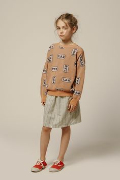 The Animals Observatory, timeless children clothing brand under the creative direction of Laia Aguilar. A new kids fashion vision through art, architecture and paintings. Collections for boys and girls from 6 months to 12 years. Ss16, Fashion 101, Fashion Kids, Girl Fashion, Kids Clothing Brands, Clothing Company, Jupe Short, Preteen Fashion, Baby Online