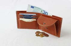 A perfect wallet for man: with all the space for money and cards Leather Men, Leather Wallet, Leather Accessories, Card Case, Belt, Money, Space, Cards, Belts