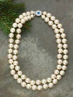 Jackie Kennedy Pearls Double Strand Necklace, Jackie wore pearls often. All her pearls were FAUX! costume/fashion jewelry.
