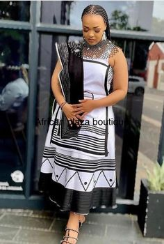 Zulu Traditional Wedding Dresses, African Traditional Wear, Traditional Outfits, Xhosa Attire, African Attire, African Dress, African Fashion, African Design, Dresses For Work