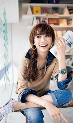 Kim Yeon 김영아