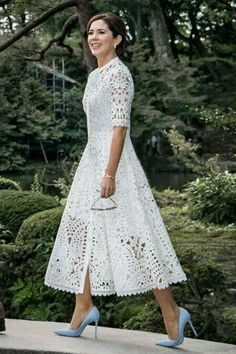 38 Popular Lace Dress Ideas Surely You Want To Wear It - There are numerous plans of dresses that will consistently be in style consistently. Lace semi-formal dresses are perhaps the most established style f. Lace Outfit, Boho Dress, Dress Skirt, Lace Dress, Dress Up, Eyelet Dress, Trendy Dresses, Elegant Dresses, Beautiful Dresses