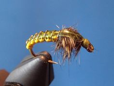 Fullback - On The Vise Click on the web site for a video of tying this fly.  Good video of how to weave a body.
