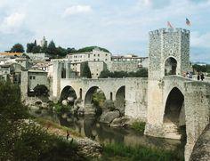 #Besalu es una ciudad medieval en #Girona  #catalunya #barcelona #españa #besalumedieval #besalubridge