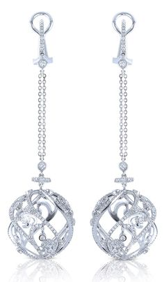 @ Beth Curtis I normally don't like earrings that dangle. I think I can make an exception for these.