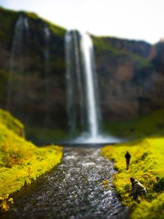 The world in miniature :: Actual photo of waterfall using tilt-shift photography
