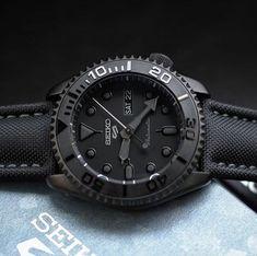 Cheap Watches For Men, Stylish Watches, Casual Watches, Luxury Watches For Men, Cool Watches, Seiko Skx, Seiko Watches, Seiko 5 Sports Automatic, Edc