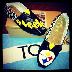 Rachael can you believe this.... Custom Painted Pittsburg Steelers TOMS!! SOLD!! BLACK AND YELLOW!!!!