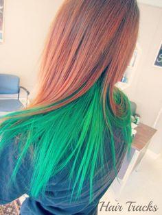 Cool green hair XD