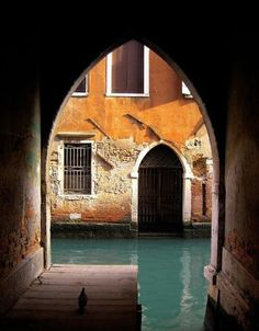 Arches, Venice, Italy photo via tainted - 1993 - it smelled dungeony! Places To Travel, Places To See, Rome Florence, Belle Villa, Visit Italy, Dream Vacations, Wonders Of The World, Beautiful Places, Around The Worlds
