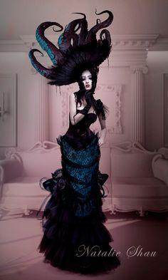 Steampunk Gothic ☮k☮ Foto Fashion, Fashion Art, Unique Fashion, Dark Fashion, Style Fashion, High Fashion, Halloween Kostüm, Halloween Costumes, Halloween Mermaid
