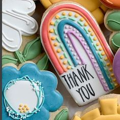 rainbow thank you cookie Rainbow Sugar Cookies, Flower Sugar Cookies, Sugar Cookie Royal Icing, Iced Sugar Cookies, Rainbow Cookie, Summer Cookies, Fancy Cookies, Valentine Cookies, Birthday Cookies
