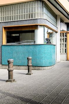 Barcelona - Adriaan Louw Photography ©️️ Best Picture For factory facade For Your Taste You are looking for something, and it is going to tell you exactly what you are looking for, and you did Architecture Restaurant, Restaurant Design, Interior Architecture, Commercial Design, Commercial Interiors, Bar Interior, Interior And Exterior, Facade Design, Exterior Design