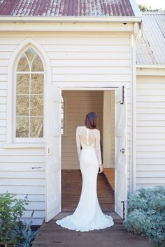 Karen Willis Holmes 2014 Wedding Dress Collection