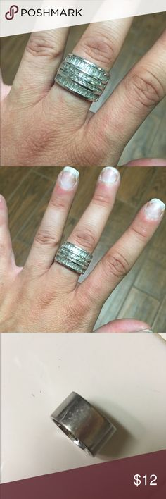 Stella and Dot silver fashion ring To be honest I love this ring but it looks ridiculous on my tiny hands. It does have some heavy wear on the palm side of the band, shown in third picture, but it really is very pretty. Not missing any stones. Jewelry Rings