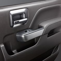 Sierra 1500 Interior Trim Kit, Regular Cab, Synthesis: Precisely crafted and meticulous in detail this luxury trim selection distinctively defines the interior of your Sierra.