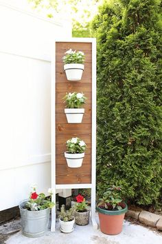 DIY Vertical Planter Stand
