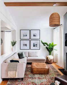 #ContemporaryLivingRoomFurniture Victorian Living Room, Boho Living Room, Simple Living Room Decor, Plants In Living Room, Small Living Room Designs, White Couch Living Room, Living Room Corner Decor, Cozy Living Room Warm, Simple Apartment Decor