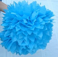 How to make large Pom Pom flowers out of tissue paper