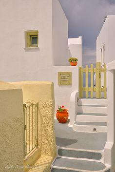 Santorini-Catalin Vlahos